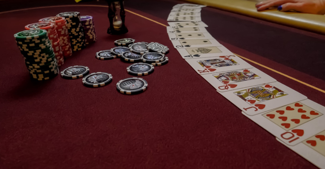 Things to consider before splitting a blackjack hand